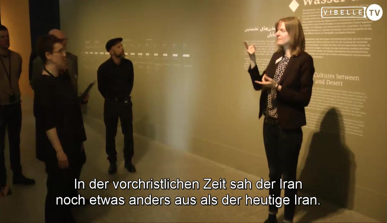 Museumsführung mit Juliane Steinwedel, taube Kunstvermittlerin
